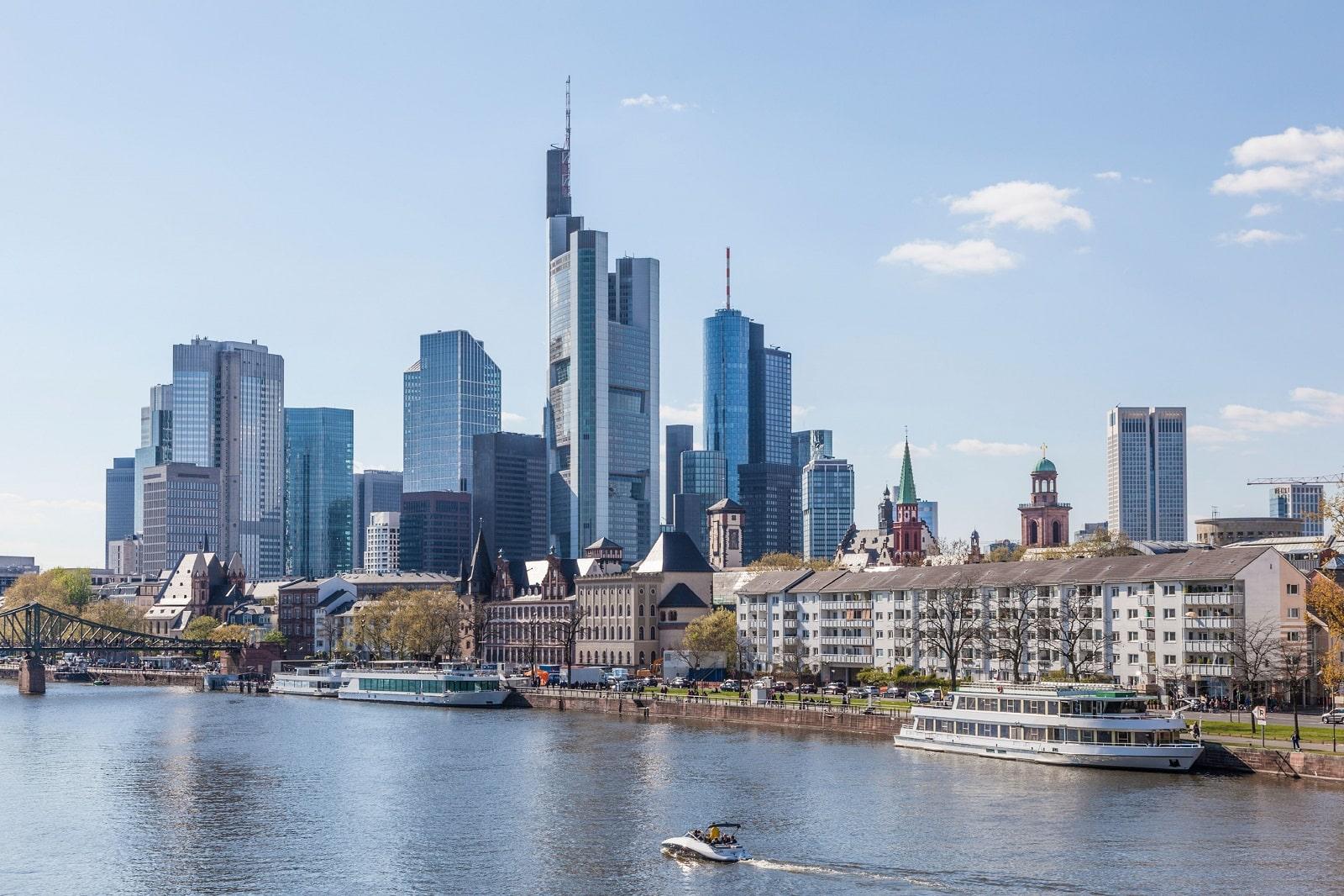 Goedkope vliegtickets naar Frankfurt