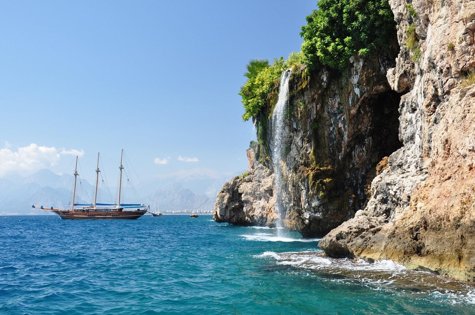 Goedkope vliegtickets naar Antalya